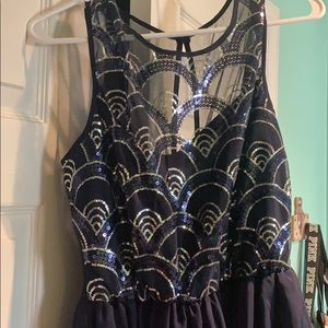 As U Wish short navy dress with silver embroidery